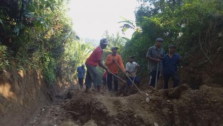 Manfaatkan Dana Desa Melalui Padat Karya Tunai